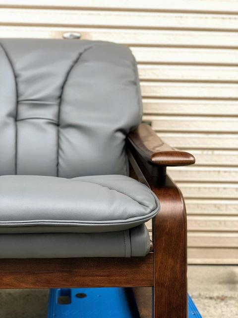 さいたま市 2人掛けソファ張り替え 本革から合成皮革