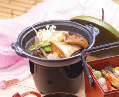 旬魚の陶板煮