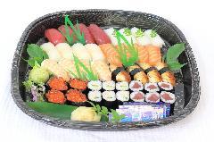お寿司盛合わせ