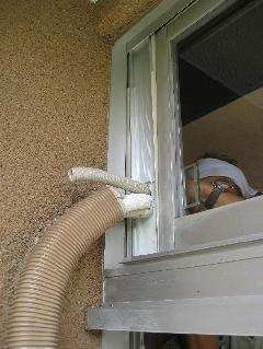 家庭用エアコン工事(窓パネル使用)