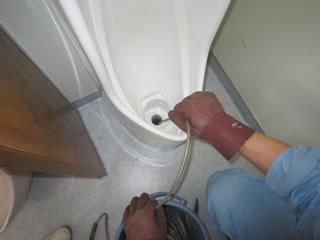 トイレ高圧洗浄