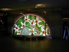 ステンドガラスの設計・製造・取り付け施工
