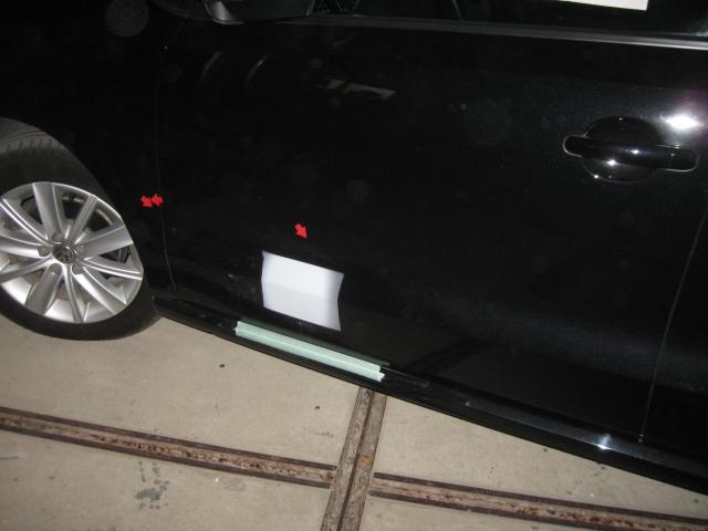 ポロ ドア サフェーサー塗布