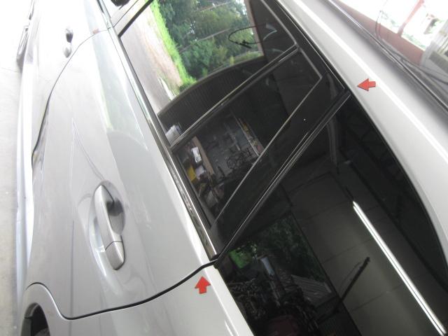 レボーグ ドア修理�A