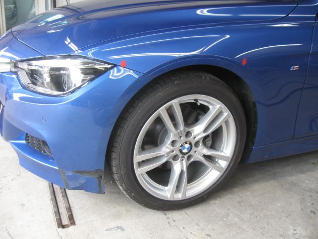 BMW Mスポーツ バンパー修理 板金塗装 つくばみらい市