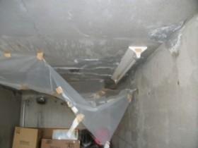 彫り込み車庫の雨漏り修理