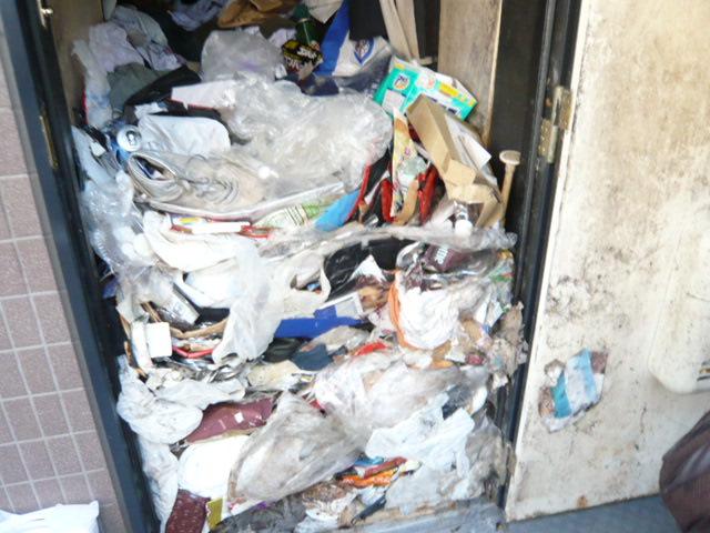 汚部屋の清掃前