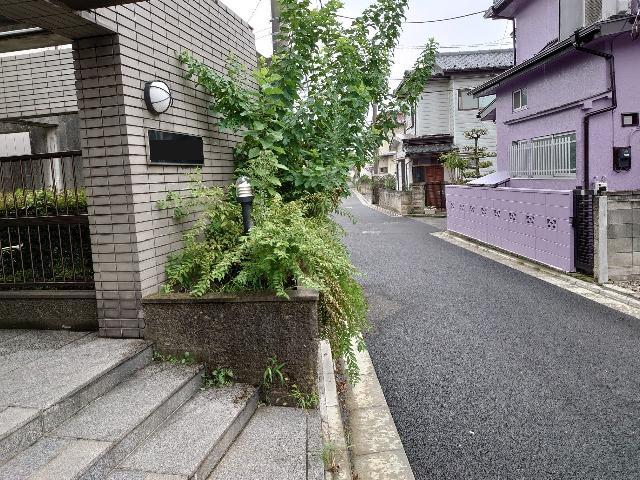 埼玉県内マンション 除草作業