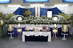 近隣の集会所での一般葬