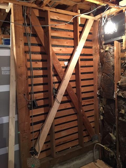 中古住宅耐震補強工事及び屋根裏解体ロフト造作工事