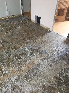 中野区 床の浮力が悪い為置き床設置で床上げ工事