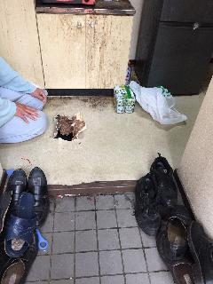 品川区戸越 キッチン床陥没による床修繕工事