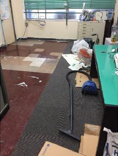 区立学校床修繕工事