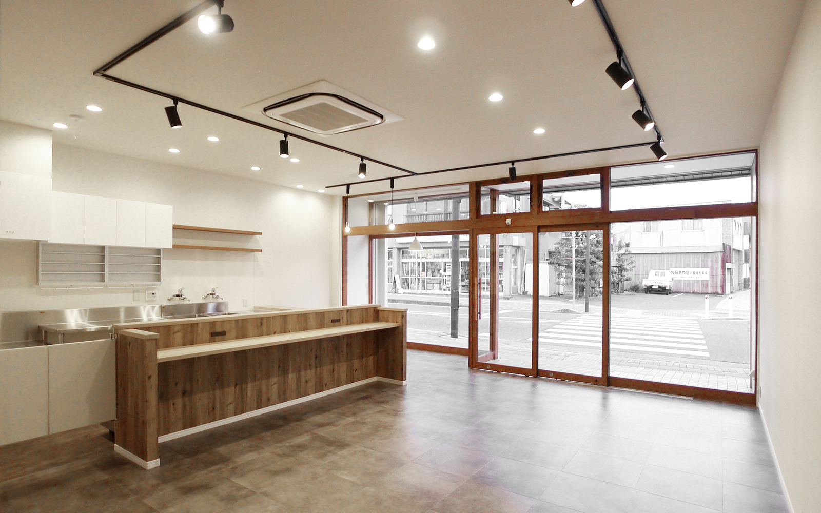 店舗リニューアル、新規オープン