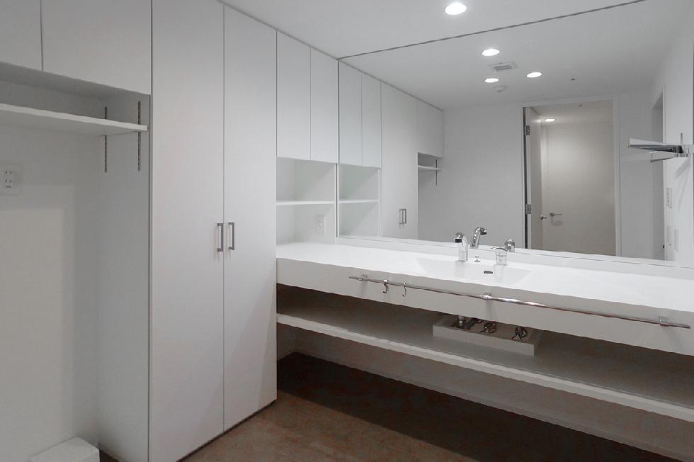 オーダーメイド洗面カウンター&大容量収納