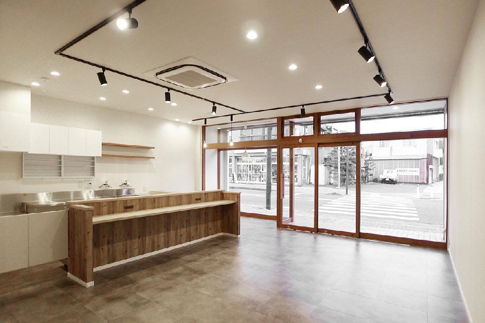 カフェ&乾物屋リニューアルオープン 内装工事