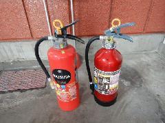 埼玉県のマンションの消火器交換