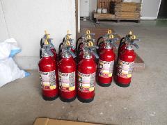 埼玉県川越市の物件で消火器の交換作業