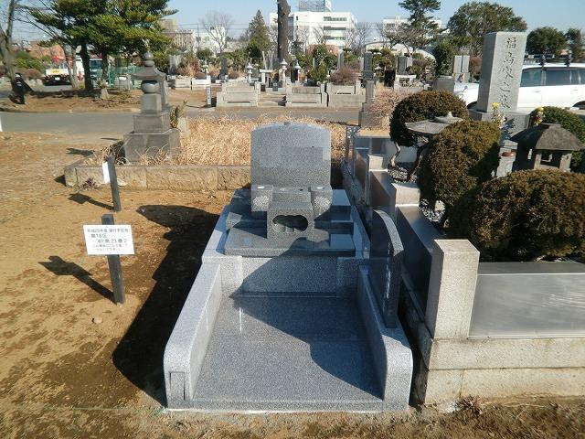 八柱霊園 2�u 3�u 墓所 墓石