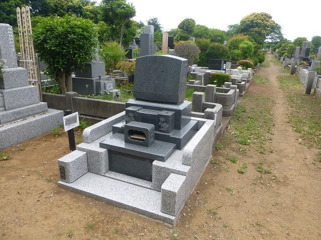 八柱霊園 2�u 墓石