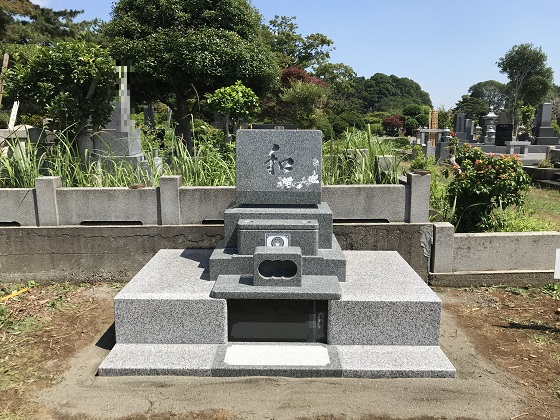 洋型墓石 横広型外柵