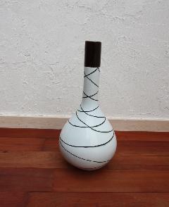 花器、フラワーベース(素焼き)ホワイライン01