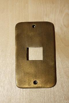 真鍮 スイッチプレートPB01