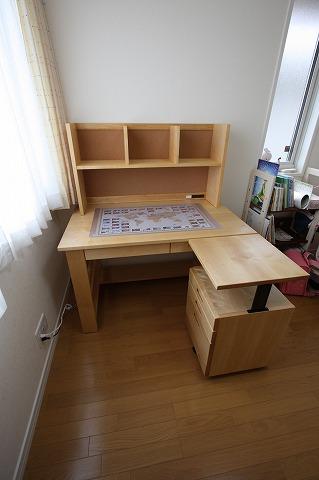 カバ桜学習デスク、ワゴン、コルクボード