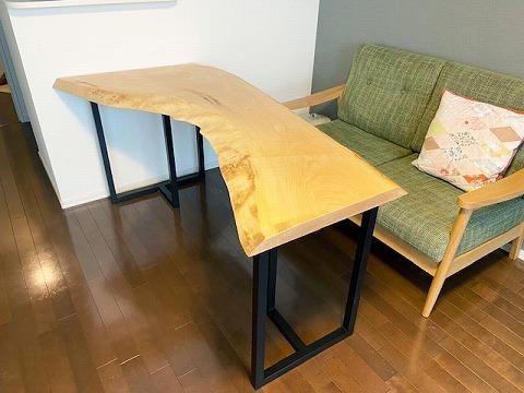 一枚板テーブル 栃・トチ