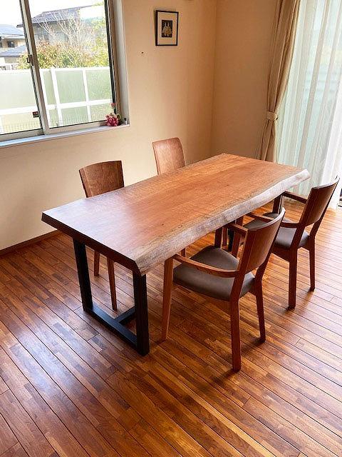 一枚板テーブル モアビ