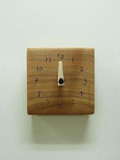 木の時計 006 (クルミ)
