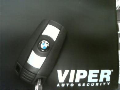 BMW X5にVIPER3901V取り付け例