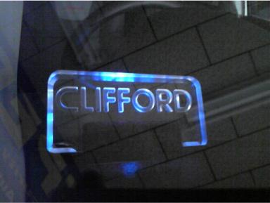 スイフトスポーツのクリフォードG5の取り付け例