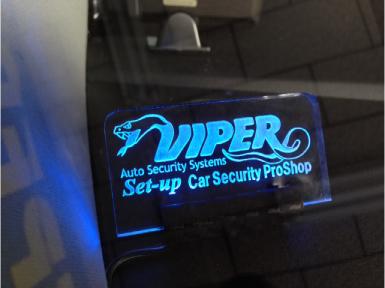 プジョー5008のVIPER取り付け例