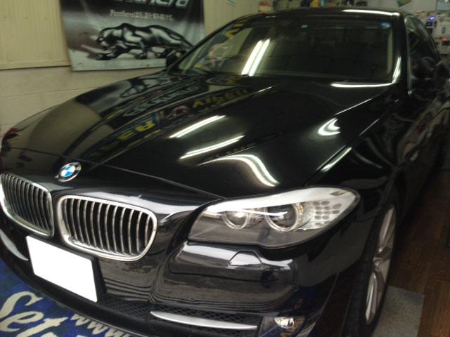 BMW530(F10)の地デジチューナー取付例