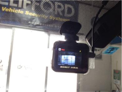 エスクァイアHYBRIDのドライブレコーダー取り付け例