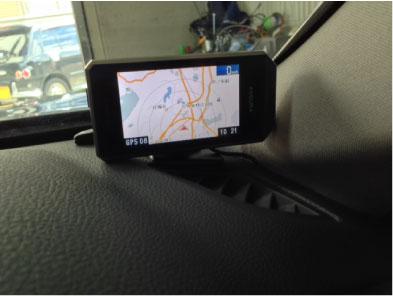 BMW523(F10)のレーダー探知機取り付け例
