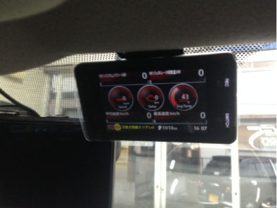プリウスG'sのレーダー&ドライブレコーダー取り付け例