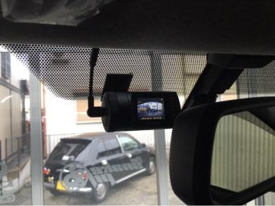 ハイエースのドライブレコーダー連動セキュリティ取り付け例
