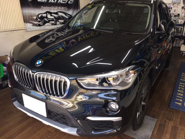 BMW X1のVIPER取り付け例