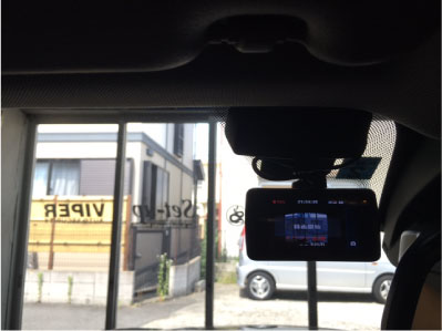 BMW X1のドライブレコーダー取り付け例