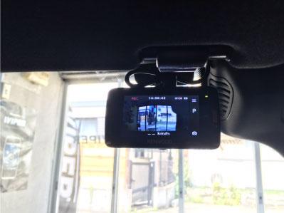 BENZ・Eクラス(W212)のドライブレコーダー取り付け例