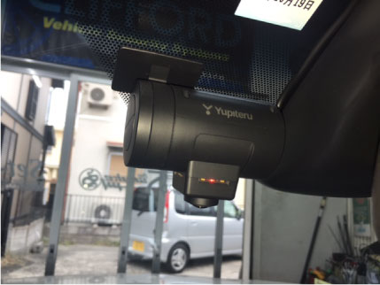 ハリアーGRスポーツのドライブレコーダー取り付け例