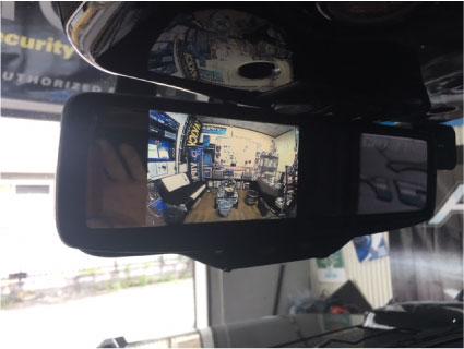 ハマーH2のフロント・リアカメラ取り付け例