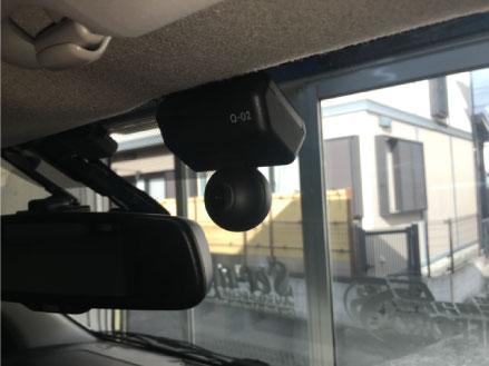 NV350キャラバンのドライブレコーダー取り付け例