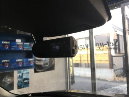 スイフトスポーツのVIPER連動ドライブレコーダー取り付け例