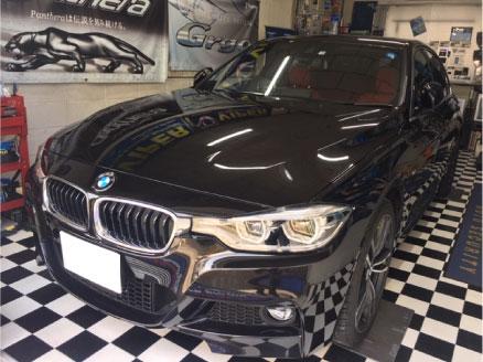 BMW320i(F30)のVIPER取り付け例