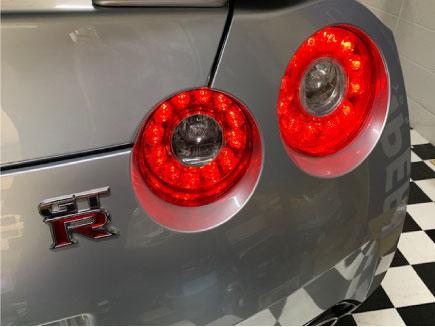R35GT-Rの4灯テールキット取り付け例