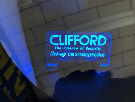 新型デイズのCLIFFORD取り付け例
