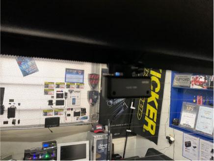 ランドクルーザープラドのドライブレコーダー取り付け例